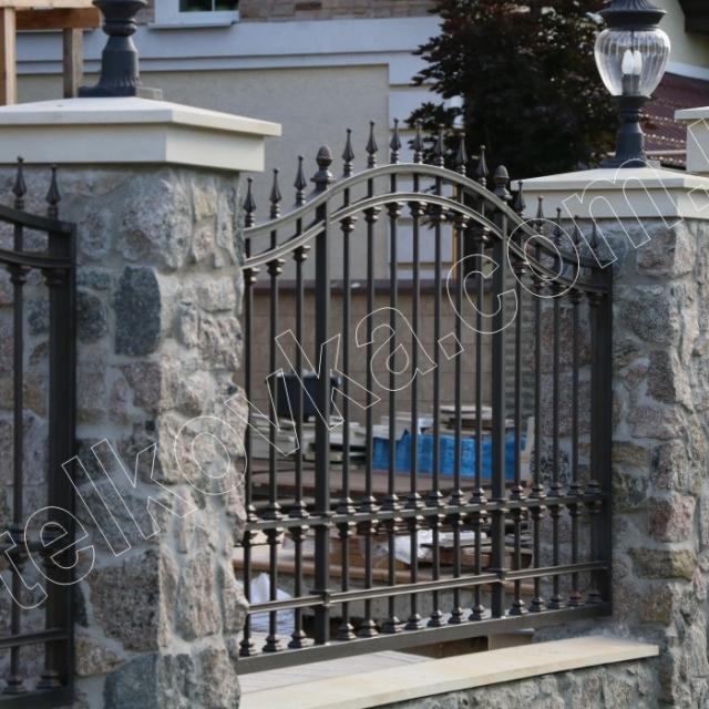 Transparent fence forging