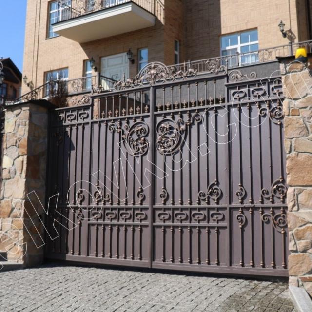 Swing wrought iron gates
