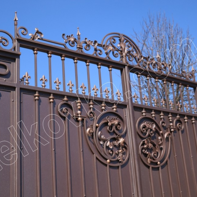 Forged gates with automatic