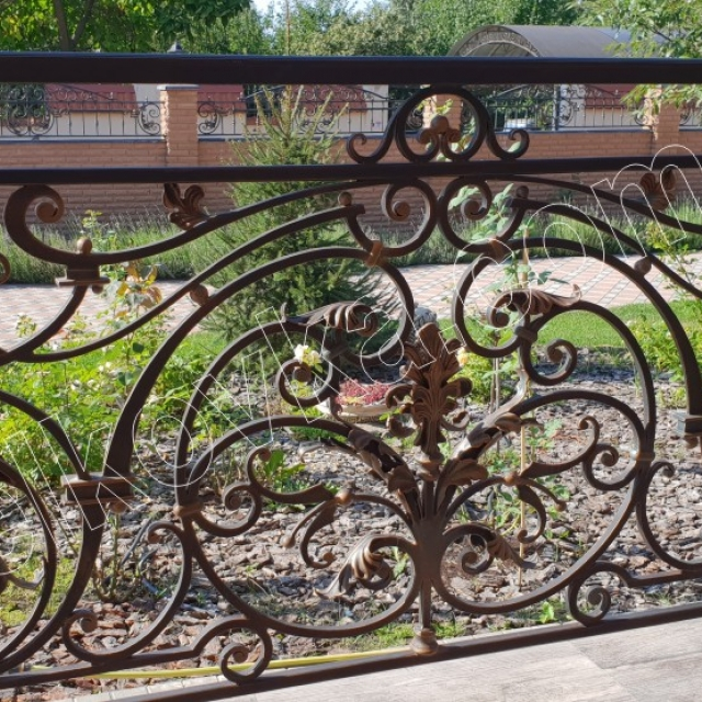 Forged fence. Installation
