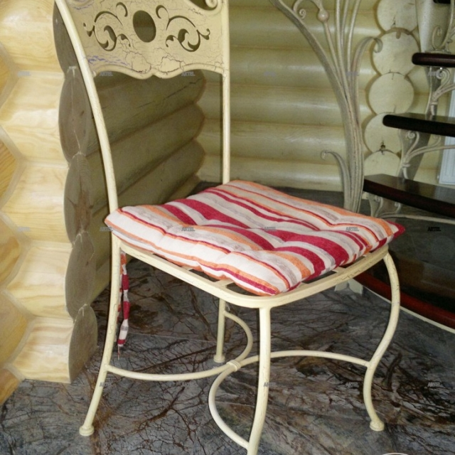 Chair forged Provence
