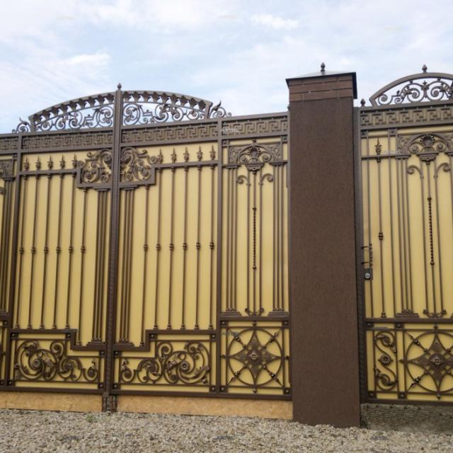 Forged gates with a sheet