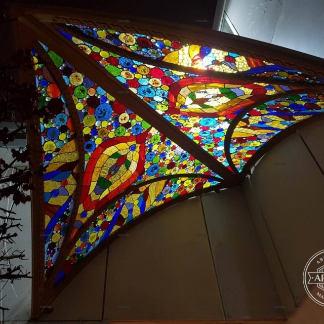 Canopy with glass