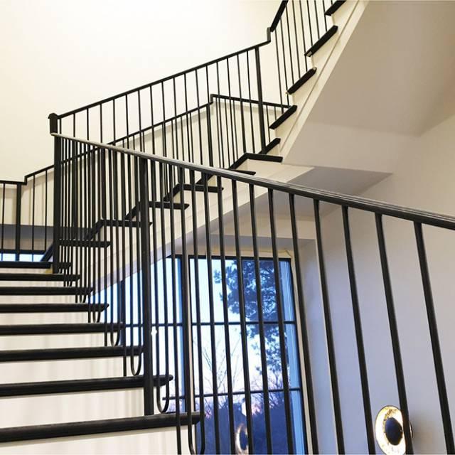 Modern lightweight staircase