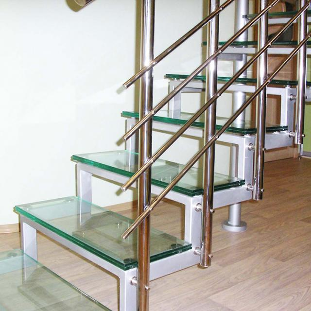 Staircase with glass